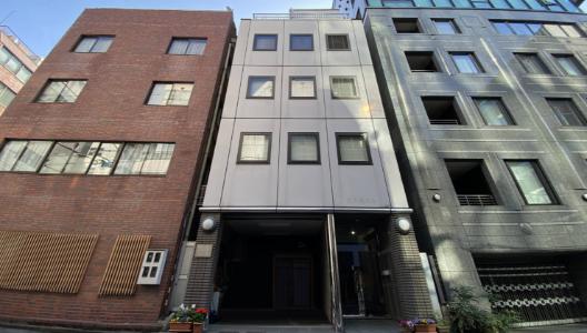 東京営業所の所在地は東京都千代田区です。